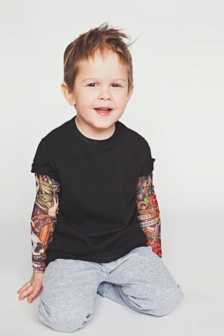 Футболка с тату-рукавами LTbrand, черная, рост 130